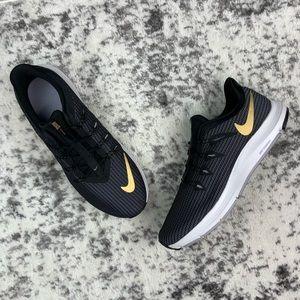 NIB WMNS Nike Quest Wide women's running shoes